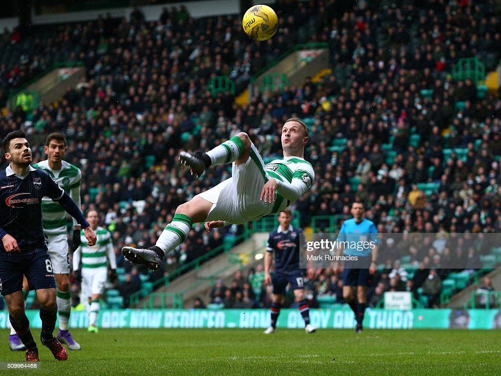 Leigh Griffiths of Celtic tries an overhead kick during the Ladbrokes Scottish Premiership match between Celtic and Ross County at Celtic Park Stadium on February 13, 2016 in Motherwell, Scotland.