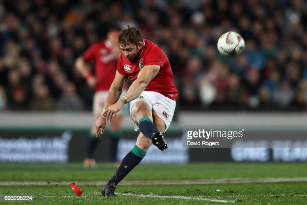 Leigh Halfpenny of the British Irish Lions kicks a penalty to give his team a 1615 lead during the 2017 British Irish Lions tour match between the...