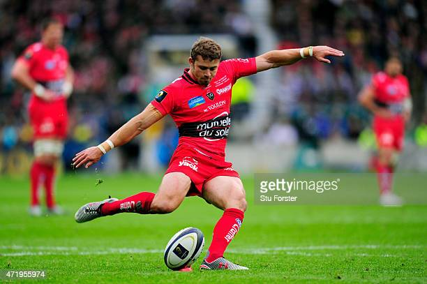 Leigh Halfpenny of Toulon kicks a penalty during the European Rugby Champions Cup Final match between ASM Clermont Auvergne and RC Toulon at...