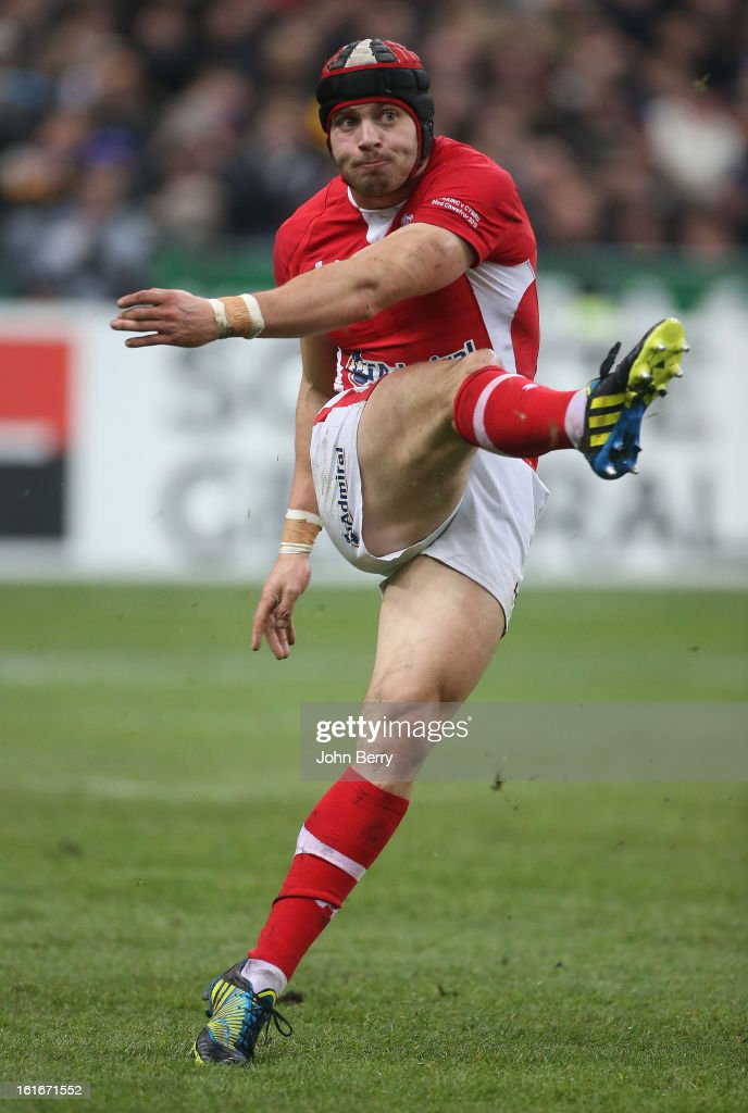 Leigh Halfpenny of Wales in action during the 6 Nations match between France and Wales at the Stade de France on February 9, 2013 in Paris, France.