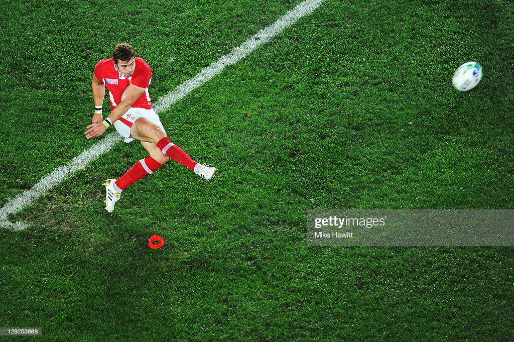 <a gi-track='captionPersonalityLinkClicked' href=/galleries/search?phrase=Leigh+Halfpenny&family=editorial&specificpeople=4232760 ng-click='$event.stopPropagation()'>Leigh Halfpenny</a> of Wales kicks a penalty just short during semi final one of the 2011 IRB Rugby World Cup between Wales and France at Eden Park on October 15, 2011 in Auckland, New Zealand.