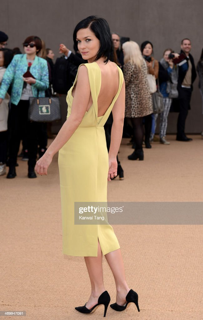 <a gi-track='captionPersonalityLinkClicked' href=/galleries/search?phrase=Leigh+Lezark&family=editorial&specificpeople=618872 ng-click='$event.stopPropagation()'>Leigh Lezark</a> attends the Burberry Prorsum show at London Fashion Week AW14 at Kensington Gardens on February 17, 2014 in London, England.