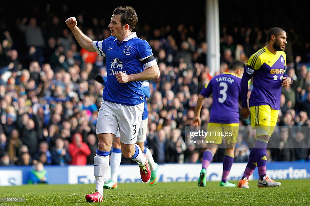 <a gi-track='captionPersonalityLinkClicked' href=/galleries/search?phrase=Leighton+Baines&family=editorial&specificpeople=682452 ng-click='$event.stopPropagation()'>Leighton Baines</a> of Everton celebrates his goal during the FA Cup Fifth Round match between Everton and Swansea City at Goodison Park on February 16, 2014 in Liverpool, England.