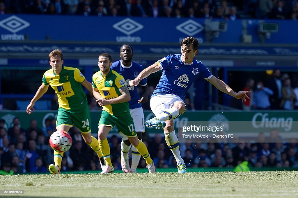 Leighton Baines of Everton scores his penalty during the Barclays Premier League match between Everton and Norwich City at Goodison Park on May 15, 2016 in Liverpool, England.