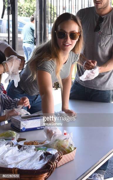 Leighton Meester volunteers at Feeding America's Summer Hunger Awareness event At Para Los Ninos in Los Angeles on June 27 2017 in Los Angeles...