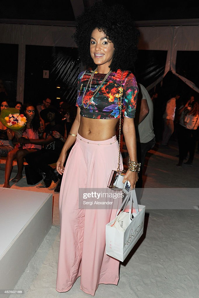 Minimale animale front row mercedes benz fashion week for Mercedes benz fashion show