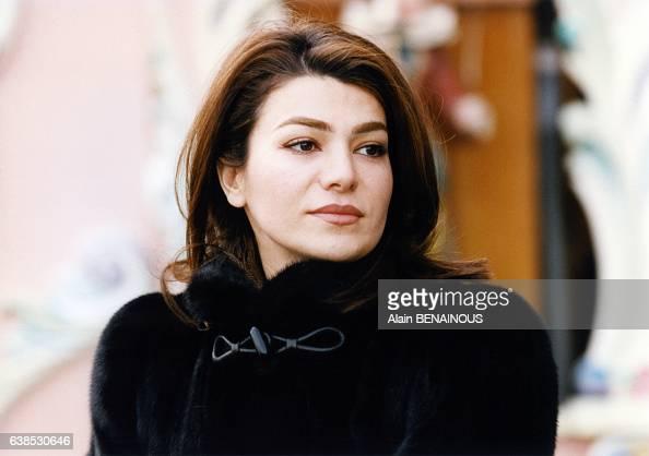 Portrait de leila pahlavi pictures getty images for Shah bano farah pahlavi