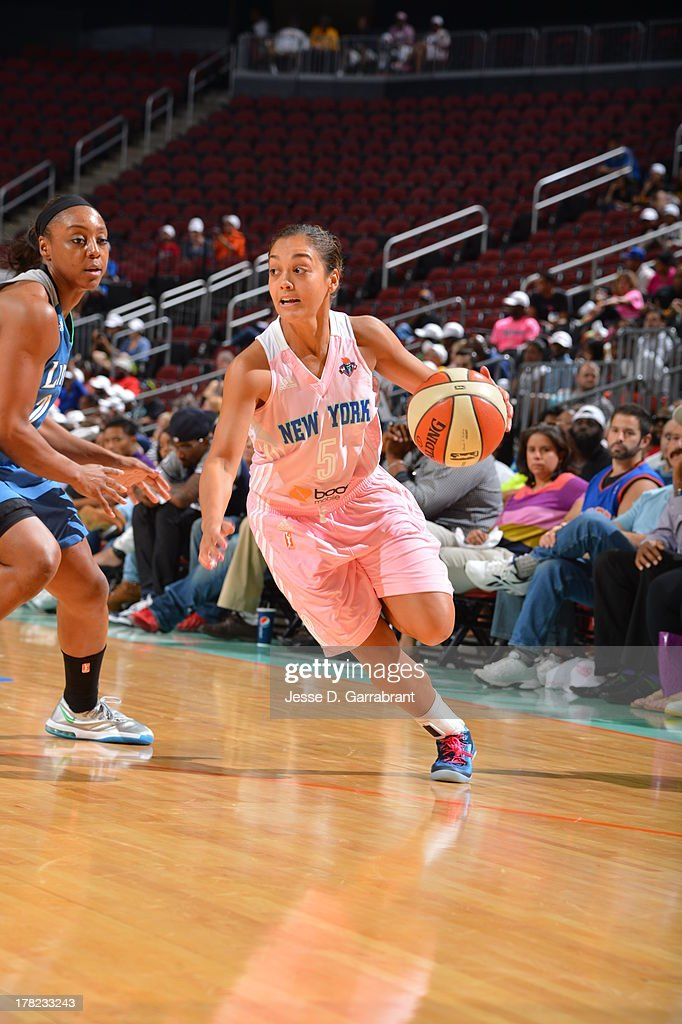 Leilani Mitchell #5 of the New York Liberty drives against the Minnesota Lynx during the game on August 27, 2013 at Prudential Center in Newark, New Jersey.