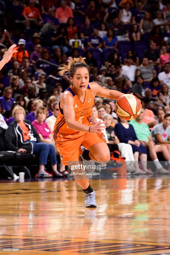 Leilani Mitchell #5 of the Phoenix Mercury drives to the basket against the Atlanta Dream on September 3, 2017 at Talking Stick Resort Arena in Phoenix, Arizona.