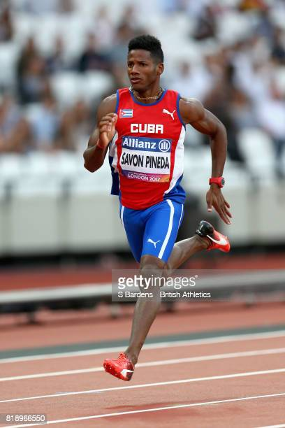 Leinier Savon Pineda of Cuba competes in the Men's 200m T12 Round 1 Heat 5 during Day Six of the IPC World ParaAthletics Championships 2017 London at...