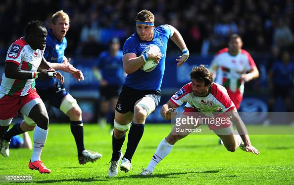 Leinster captain Jamie Heaslip breaks through to score his second try during the Amlin Challenge Cup Semi Final match between Leinster and Biarritz...