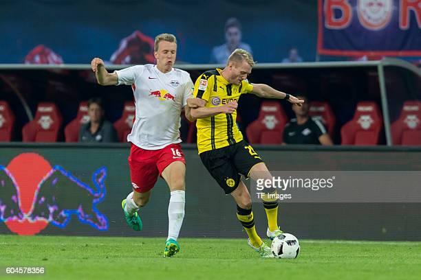 Leipzig Germany 1Bundesliga 2 Spieltag RB Leipzig BV Borussia Dortmund Lukas Klostermann gegen Andre Schuerrle
