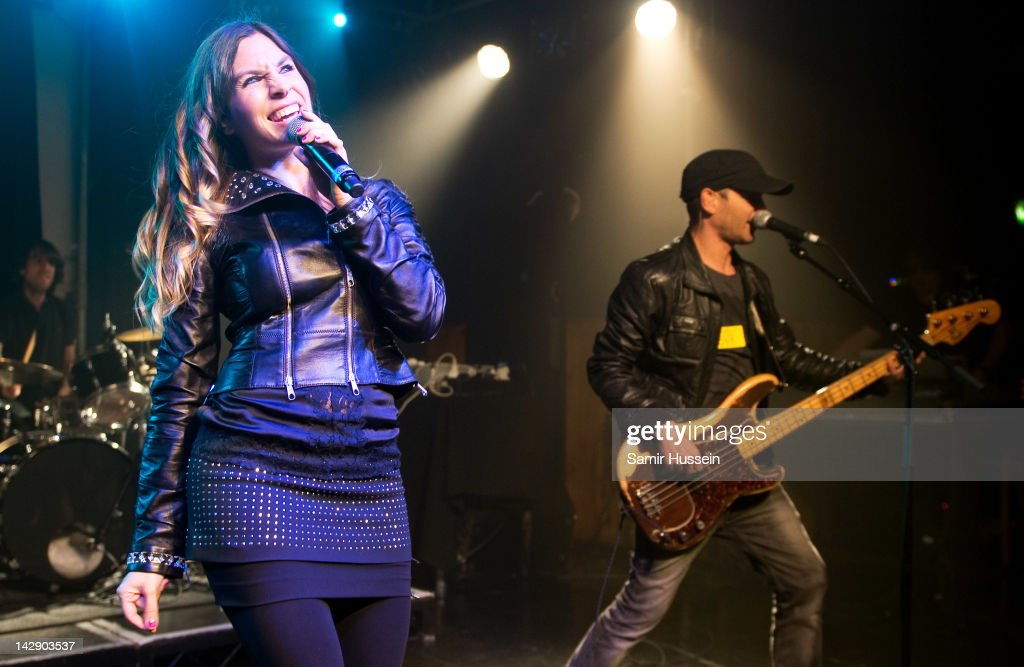 Leire Martinez and Alvaro Fuentes (R) of Spanish group La Oreja De Van Gogh perform at The Scala on April 14, 2012 in London, United Kingdom.