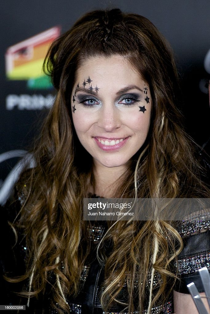 Leire Martinez of La Oreja de Van Gongh poses in the press room during 40 Principales Awards 2012 at the Palacio de Deportes on January 24, 2013 in Madrid, Spain.