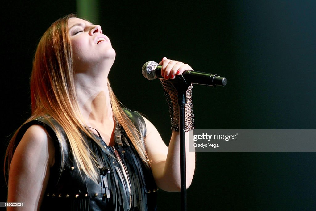 Leire Martinez, vocalist of La Oreja de Van Gogh performs at Centro de Bellas Artes on May 27, 2017 in San Juan, Puerto Rico.