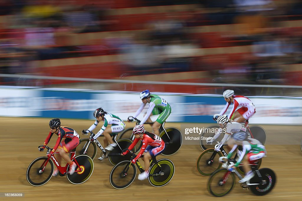 Leire Olaberria Dorronsoro (L) of Spain leads the field during the women's scratch race final during day three of the UCI Track World Championships at Minsk Arena on February 22, 2013 in Minsk, Belarus.