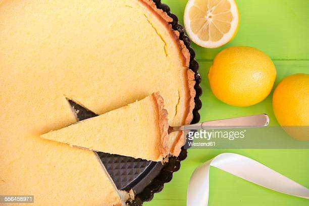 Lemon cake with short pastry