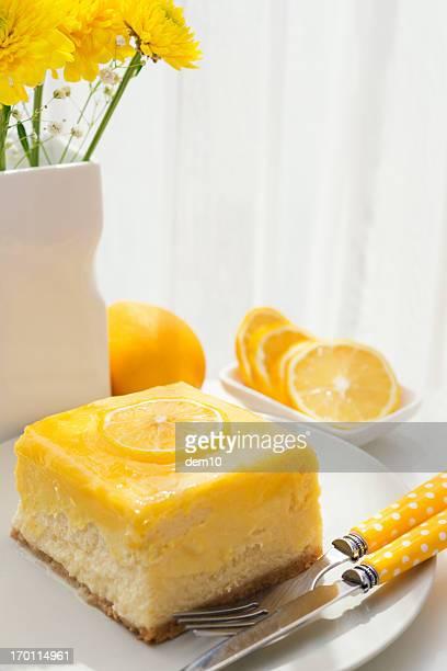 Zitronen-Käsekuchen slice