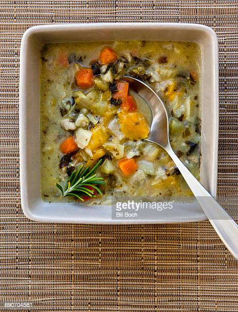 Lemon chicken artichoke soup