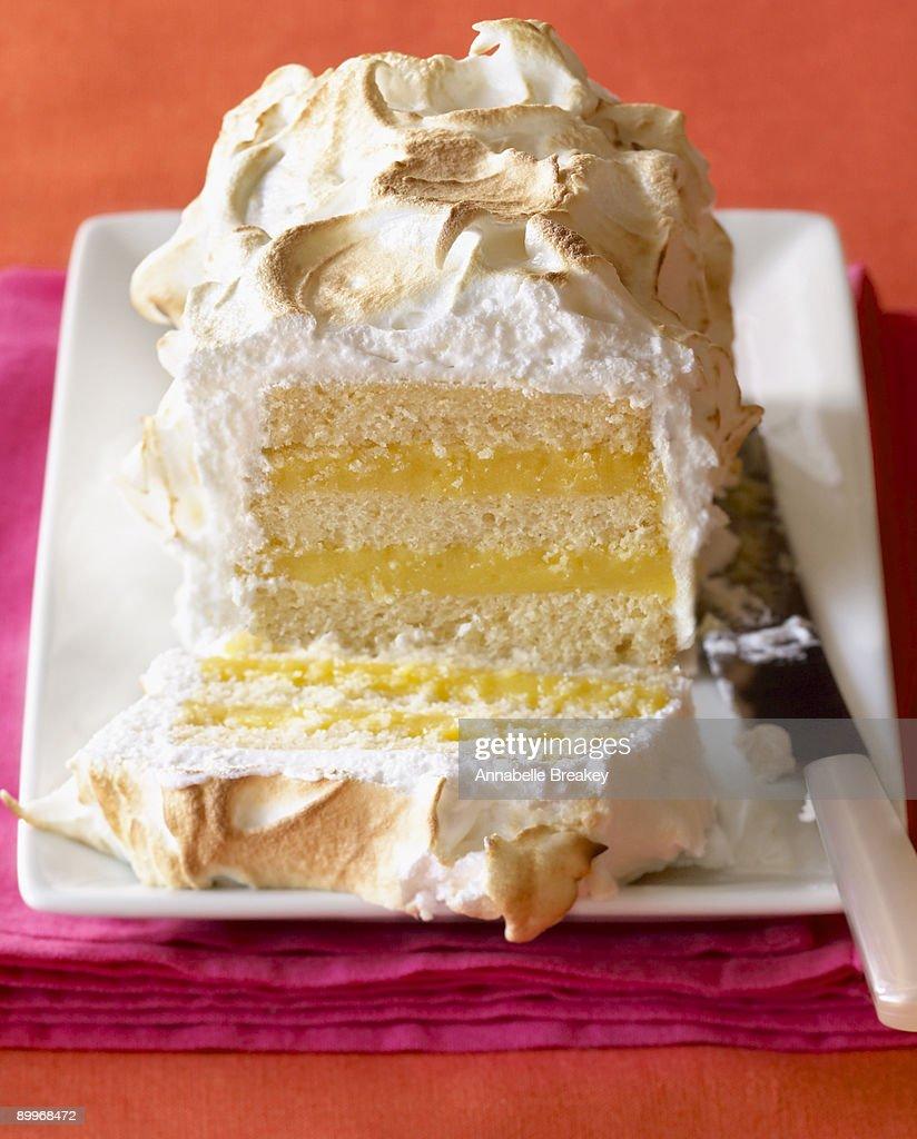 Lemon Curd Meringue Butter Cake : Stock Photo