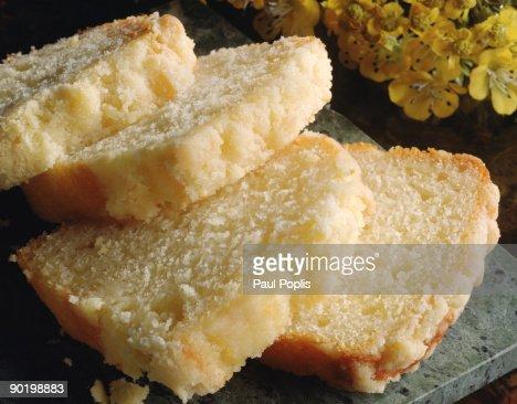 Lemon streusel cake