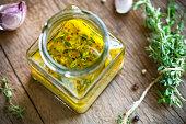 Lemon Vinaigrette with Thyme by fresh ingrdients