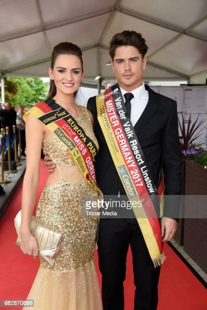 Lena Broeder and Dominik Bruntner attend the 'Goldene Sonne 2017' Award by SonnenklarTV on May 13 2017 in Kalkar Germany