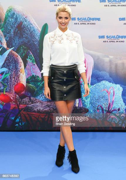 Lena Gercke arrives at the 'Die Schluempfe Das verlorene Dorf' Berlin premiere at Sony Centre on April 2 2017 in Berlin Germany