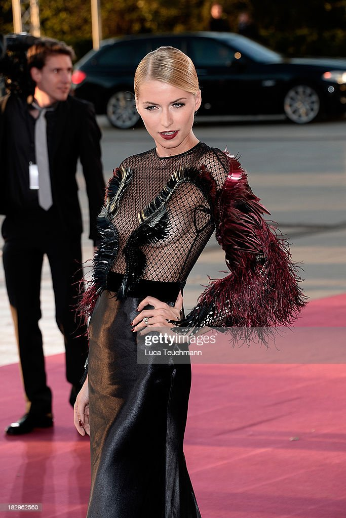 <a gi-track='captionPersonalityLinkClicked' href=/galleries/search?phrase=Lena+Gercke&family=editorial&specificpeople=579958 ng-click='$event.stopPropagation()'>Lena Gercke</a> attends the Deutscher Fernsehpreis 2013 at the Coloneum on October 2, 2013 in Cologne, Germany.