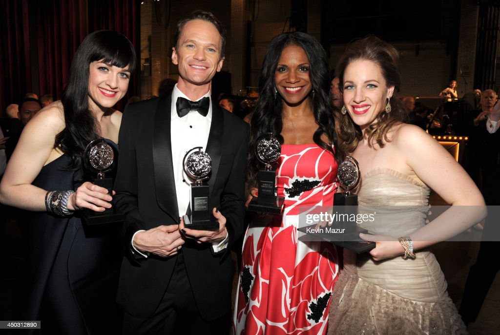 <a gi-track='captionPersonalityLinkClicked' href=/galleries/search?phrase=Lena+Hall&family=editorial&specificpeople=9446196 ng-click='$event.stopPropagation()'>Lena Hall</a>, <a gi-track='captionPersonalityLinkClicked' href=/galleries/search?phrase=Neil+Patrick+Harris&family=editorial&specificpeople=210509 ng-click='$event.stopPropagation()'>Neil Patrick Harris</a>, <a gi-track='captionPersonalityLinkClicked' href=/galleries/search?phrase=Audra+McDonald&family=editorial&specificpeople=212782 ng-click='$event.stopPropagation()'>Audra McDonald</a> and <a gi-track='captionPersonalityLinkClicked' href=/galleries/search?phrase=Jessie+Mueller&family=editorial&specificpeople=8736414 ng-click='$event.stopPropagation()'>Jessie Mueller</a> attend the 68th Annual Tony Awards at Radio City Music Hall on June 8, 2014 in New York City.