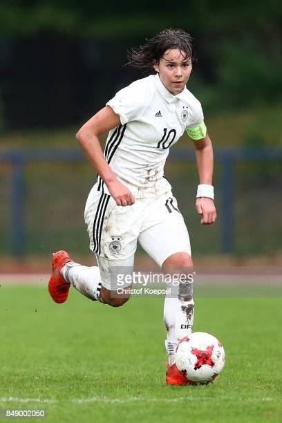 Lena Sophie Oberdorf of Germany runs with the ball during the UEFA Under19 Women's Euro Qualifier match between Germany and Iceland at Stadium Wedau...