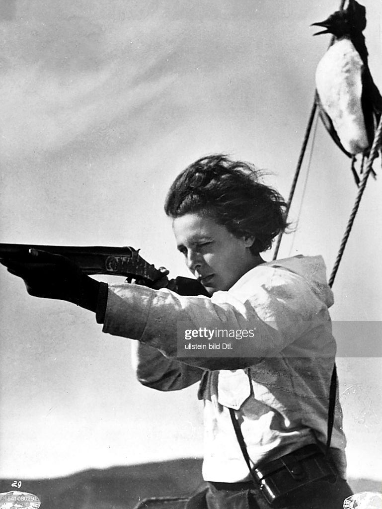 accomplishments of leni riefenstahl a german film director
