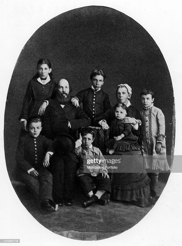 Lenin as a child posing with his parents and his brothers and sisters. Russia, 1879