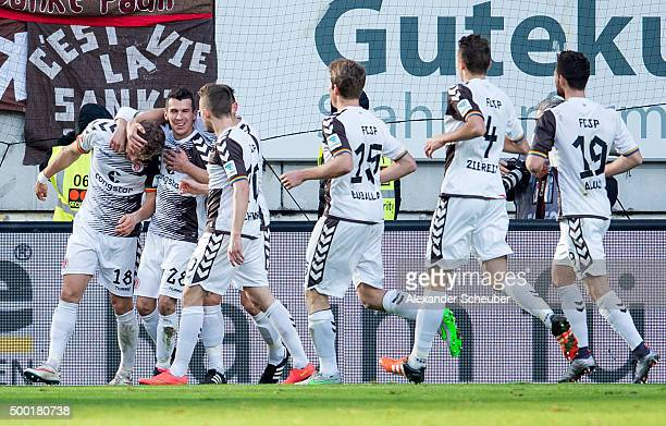 Lennart Thy of FC St Pauli celebrates the second goal for his team with Waldemar Sobota of FC St Pauli Daniel Buballa of FC St Pauli Philipp Ziereis...