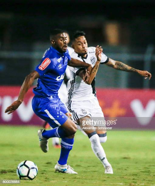Lennon of Cruzeiro and Lucca of Ponte Preta in action during the match between Ponte Preta and Cruzeiro for the Brasileirao Series A 2017 at Moises...