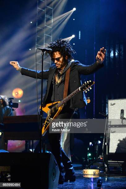 Lenny Kravitz pays tribute to 2004 Inductee Prince onstage during the 32nd Annual Rock Roll Hall Of Fame Induction Ceremony at Barclays Center on...