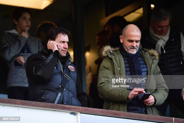 Lens assistant coach Robert Duverne and Lens goalkeeping coach Jean Claude Nadon during the Ligue 1 match between Amiens SC and Olympique Lyonnais at...