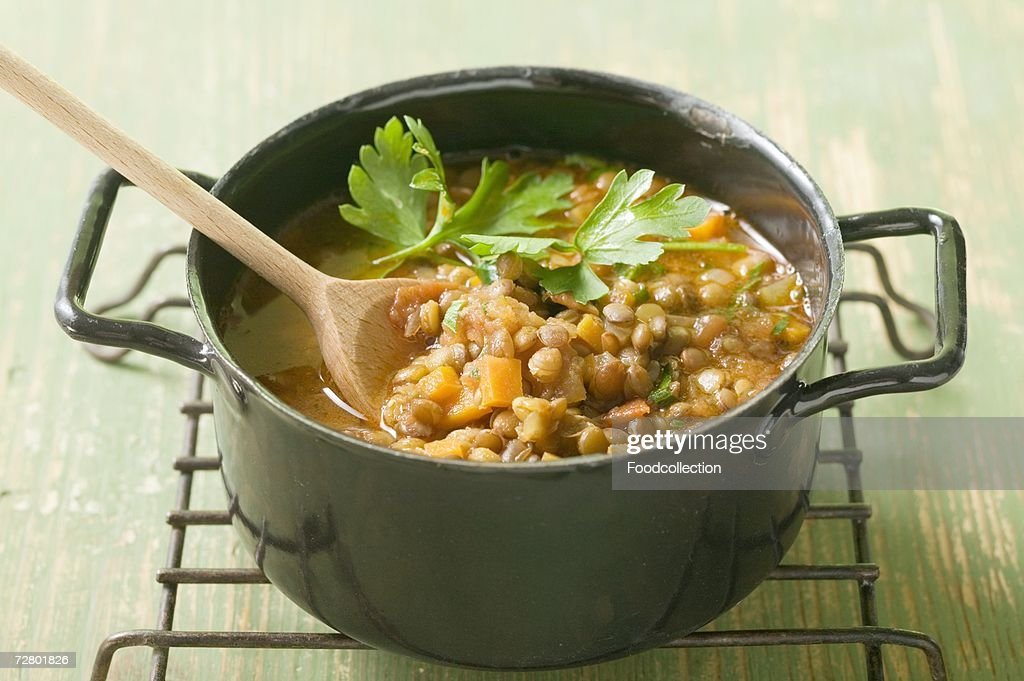 Lentil stew with carrots and parsley
