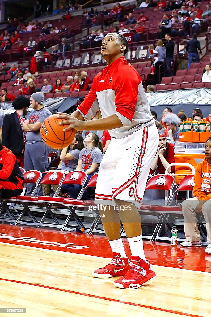 Lenzelle Smith, Jr. #32 of the Ohio State Buckeyes warms up prior to the start of the game against the Morgan State Bears at Value City Arena on November 9, 2013 in Columbus, Ohio.