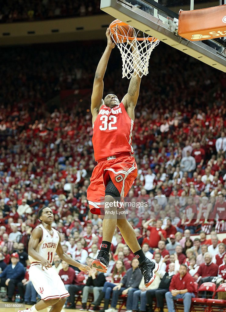 Lenzelle Smith #32 of the Ohio State Buckeyes dunks the ball during the game against the Indiana Hoosiers at Assembly Hall on March 5, 2013 in Bloomington, Indiana. Ohio State won 67-58.