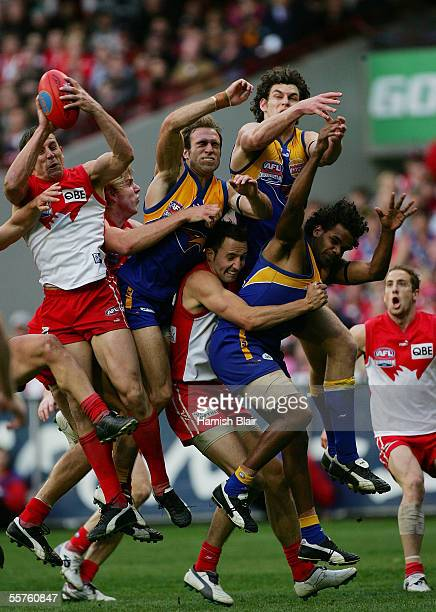 Leo Barry of the Swans takes a crucial mark in the dying seconds during the 2005 AFL Grand Final between the Sydney Swans and the West Coast Eagles...