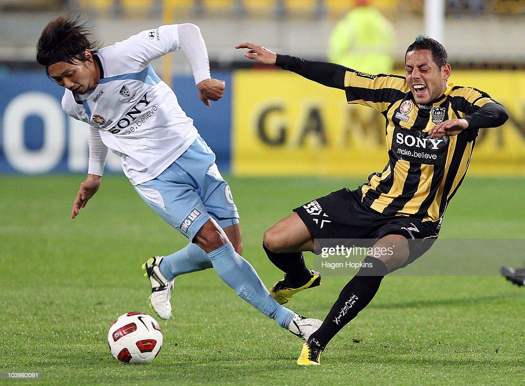 A-League Rd 6 - Phoenix v Sydney FC