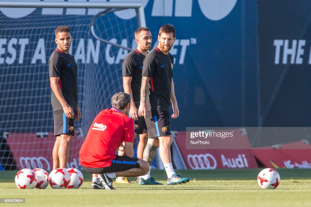 Leo Messi and Ernesto Valverde during the last training before the match between FC Barcelona - Real Madrid, for the first leg of the Spanish Supercup, held at FCB Sport City on 12th August 2017 in Barcelona, Spain. (Credit: Urbanandsport / NurPhoto via Getty Images) --