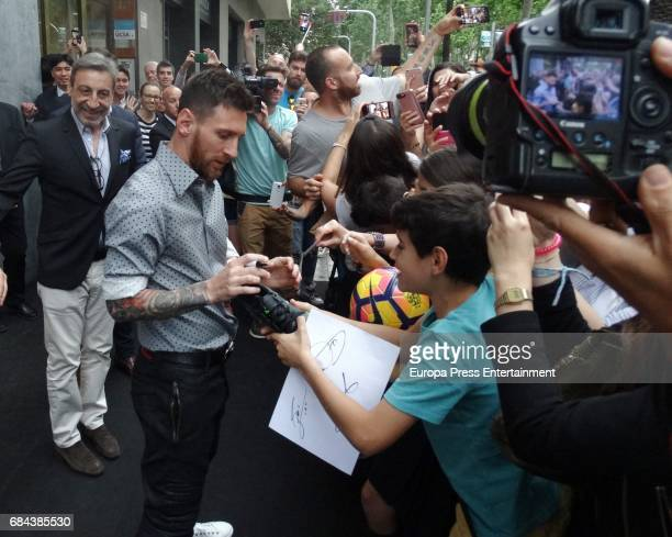 Leo Messi attends the opening of Sarkany Shoes Boutique on May 17 2017 in Barcelona Spain