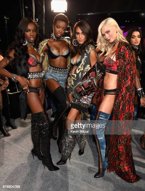 Leomie Anderson Maria Borges Cindy Bruna and Karlie Kloss backstage during 2017 Victoria's Secret Fashion Show In Shanghai at MercedesBenz Arena on...