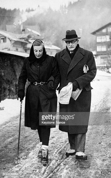 Leon Blum et sa femme Jeanne Blum en promenade 1946 en Suisse