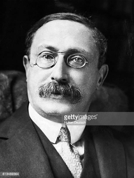 Leon Blum French socialist statesman