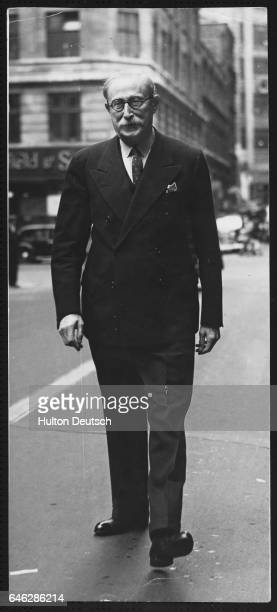 Leon Blum the French socialist leader walks in The Strand during a 1945 visit to London to meet British Labour leaders