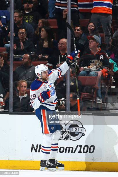 Leon Draisaitl of the Edmonton Oilers celebrates a goal in the first period during the game against the Anaheim Ducks on March 22 2017 at Honda...