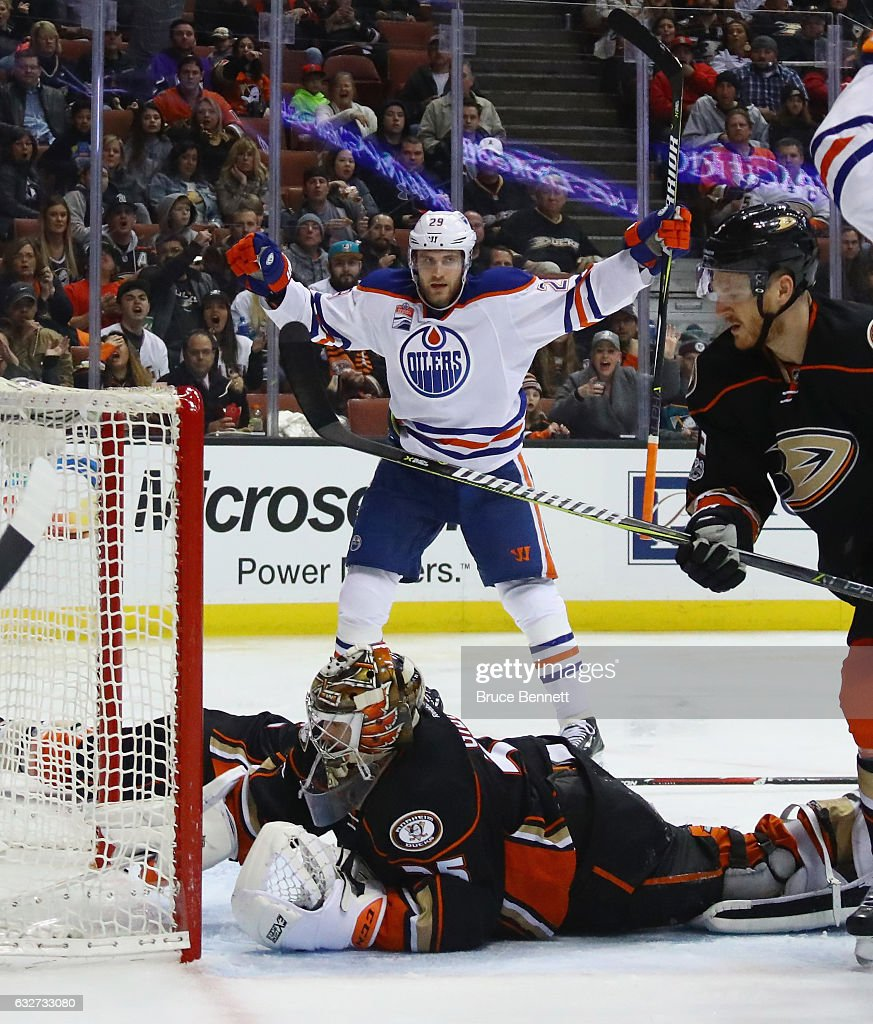 Leon Draisaitl #29 of the Edmonton Oilers celebrates his second period goal against John Gibson #36 of the Anaheim Ducks at the Honda Center on January 25, 2017 in Anaheim, California.